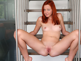Every morning, redhead Elen Moore wakes up horny..
