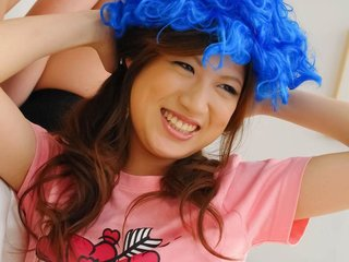 Shirosaki Karin Asian with funny wigs rubs dick..