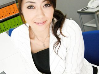 Lovely Maki Hojo toyed and then stuffed with cock